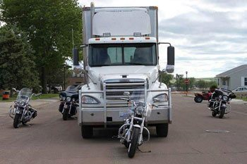Safety Tip - Keep out of Truck Blind Spots